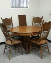 antique round oak claw foot lion head dining table 2 leafs tiger oak 4 chairs
