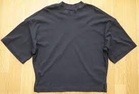 2019年夏の10着2黒tシャツ 3デザイントップス 大人のシンプル