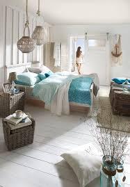 Schlafzimmer Und Bett Im Strandhaus Stil Mit Maritimen Accesoires