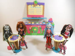 Monster High Furniture Eye Scream Parlor by monsterminicustoms