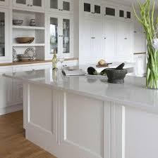 QZ871 White classic kitchen design White quartz countertops