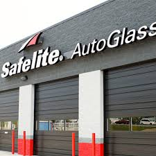 safelite autoglass closed windshield repair auto glass services selden ny reviews photos phone number yelp