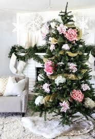 Floral Christmas tree decorations