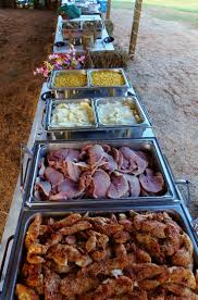 take a look at the best country wedding reception in the photos below and get ideas for your wedding country buffet for a wedding reception under an open