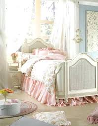 Pink Shabby Chic Bedroom Shabby Chic Bedroom With A Metal Screen ...
