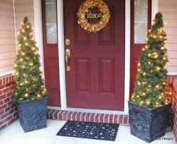 22 Best Outdoor Christmas Tree Decorations And Designs For 2017 ...