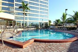 about holiday inn miami west airport area