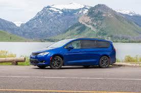 Minivan Gas Mileage Comparison Chart 2019 Chrysler Pacifica Hybrid Gas Mileage Review The Ideal