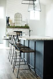 Modern Farmhouse Home Tour with Household No.6 | DESIGN | furniture ...