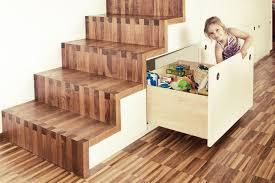 Moderne podesttreppe übersicht historische treppe. Treppe Mit Integriertem Schrank Und Schuhkofferschrank Architekturburo Plandesign