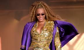 Azealia Banks calls Beyonce a 'regular b***h' who stole her choreography