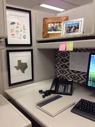 cubicle ideas office. Office Cubicle Decor Ideas