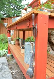 simple potting bench you can build in