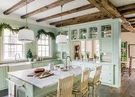 Off white country kitchens White Cabinet Beige Granite White Country Kitchen Cabinets Small Farmhouse Country Designs 10 Ways To Add Farmhouse Charm To New Vintage Farmhouse Country Kitchen Designs White Cotta 7928 Evantbyrneinfo