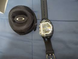 relogio oakley fuse box, novo sem uso, original na caixa r$ 1 350 oakley fuse box watch price relogio oakley fuse box, novo sem uso, original na caixa