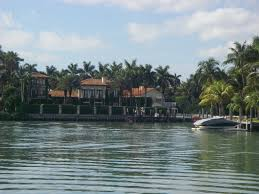 Chart House Restaurant Coconut Grove 1 1 12 Miami Florida Coconut Grove Sailing Club Blue