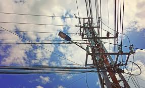 electrical power line installers and repairers electric line workers face one of the top 10 most dangerous jobs
