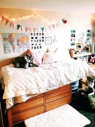 homey ideas dorm wall decor modern decoration design college bedroom decorating room diy for guys