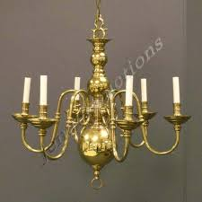 211 colonial williamsburg style brass 6arm chandelier