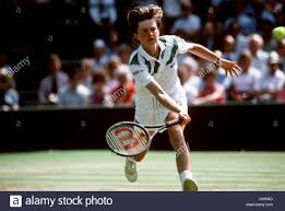 Tennis - Wimbledon Championships - Damen-Einzel - Finale - Martina  Navratilova V Hana Mandlikova Stockfotografie - Alamy