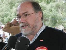 Javier Puente, secretario general de CC OO en la región. / ANDRÉS FERNÁNDEZ. El Juzgado de lo Social número 1 de Santander condena a CC OO en Cantabria a ... - javier-puente--253x190