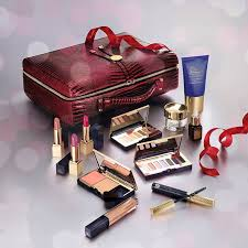 estee lauder holiday offerings including the blockbuster and skincare set so i don t think i ll skip this year i m loving the bag and the golden