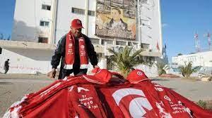 ترقب استقالة رئيس الحكومة علي العريض وصدامات مع الشرطة في تونس