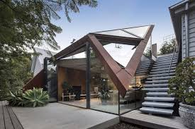 With the roof playing such a big role in curb appeal, many contemporary  homes are now creating roofs with a sculptural or artistic effect to them  as well.