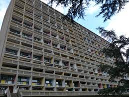 La Maison Radieuse Ou Cité Radieuse De Le Corbusier à Rezé La