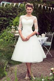 Vintage Modest Wedding Dresses With Half Long Sleeves Bohemian Vintage Country Style Wedding Dresses