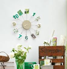 wall clock design with photo decorations