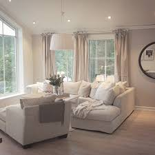Light bright fortable living room …