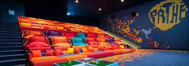 Lino sonego vanta un'esperienza di oltre 60 anni nella realizzazione di poltrone per cinema e stadi,100 % made in italy. Home Lino Sonego International Seating