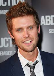 "Singer Andrew Allen attends the premiere of Lionsgate Films' ""Abduction"" at Grauman's Chinese Theatre on September 15, 2011 in Hollywood, California. - Andrew%2BAllen%2BPremiere%2BLionsgate%2BFilms%2BAbduction%2BrKoOFpQ24Kal"