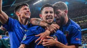 Italy 1 - 1 Spain - Match Report ...