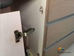 door repair everyworks singapore