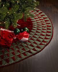 H8FY1 Sudha Pennathur Red Velvet Christmas Tree Skirt