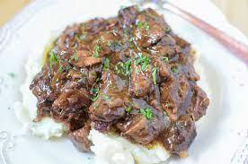 slow cooker sirloin beef tips in