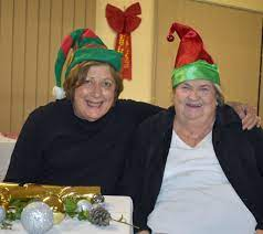 Rosemary Beasley met Glenda Scurr 11 yearsr ago at a ... | Buy Photos  Online | Queensland Times