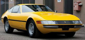 It came as a successor to the 275 gtb/4 and was introduced at the paris auto show in 1968. Ferrari 365 Gtb 4 Daytona Tech Specs Top Speed Power Acceleration Mpg More 1968 1973