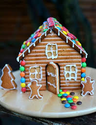 simple gingerbread houses for kids. Delighful Simple Easy Gingerbread House  Charmingly Cute Ideas Throughout Simple Houses For Kids