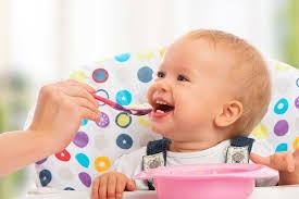 Cách cho bé ăn dặm lần đầu tiên cho Con Khỏe, Mẹ Nhàn | by TopOnSeek |  Search Agency | Thetips | Oct, 2020