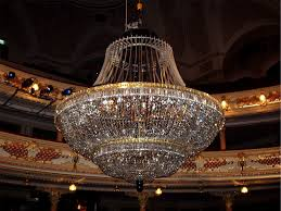 cleaning the central crystal chandelier 2