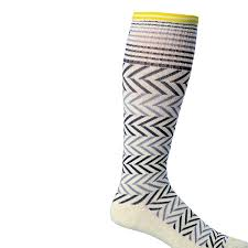 Sockwell Socks Size Chart Sockwell Womens Chevron Graduated Compression Socks Natural Medium Large