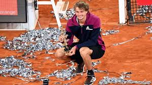 4 tennis player in the world and tokyo olympics gold medalist, signed several tennis balls before throwing one into the crowd of spectators after winning his first round. Alexander Zverev Siegt In Madrid Blaupause Fur Grand Slams Sport Sz De