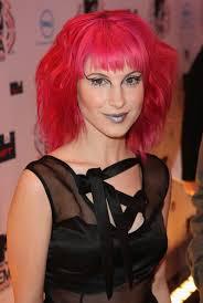 hayley williams dark lipstick