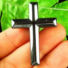 42x30x5mm carved black hematite cross