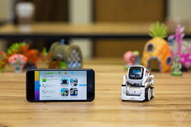 Anki\u0027s Cozmo robot is the new, adorable face of artificial ...