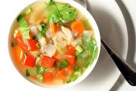 Zelfgemaakte groentesoep gezond