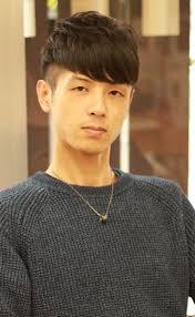 ツーブロック韓国風ショートの髪型 Stylistd